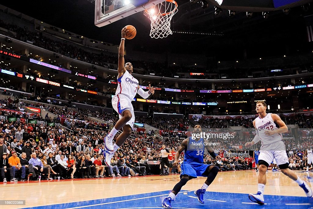 Chris Paul #3 of the Los Angeles Clippers shoots a layup against the Dallas Mavericks at Staples Center on January 9, 2013 in Los Angeles, California.