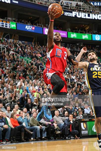 Chris Paul of the Los Angeles Clippers shoots the ball against the Utah Jazz on December 26 2015 at vivintSmartHome Arena in Salt Lake City Utah NOTE...