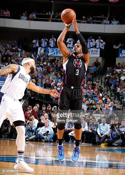 Chris Paul of the Los Angeles Clippers shoots the ball against the Dallas Mavericks on March 7 2016 at the American Airlines Center in Dallas Texas...