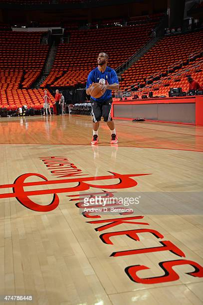 Chris Paul of the Los Angeles Clippers warms up before Game Seven of the Western Conference Semifinals against the Houston Rockets during the 2015...