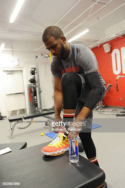 Chris Paul of the Los Angeles Clippers warms up before the game against the Chicago Bulls on December 10 2015 at the United Center in Chicago...