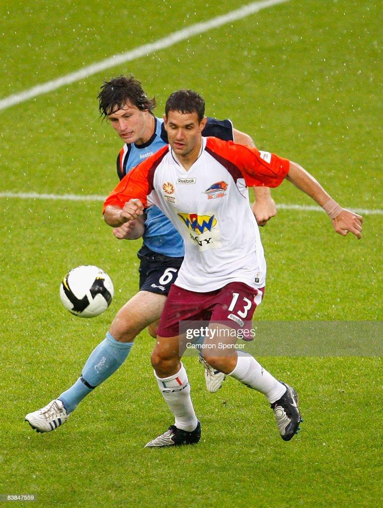 National Youth League Rd 10 - Sydney FC v Roar : News Photo