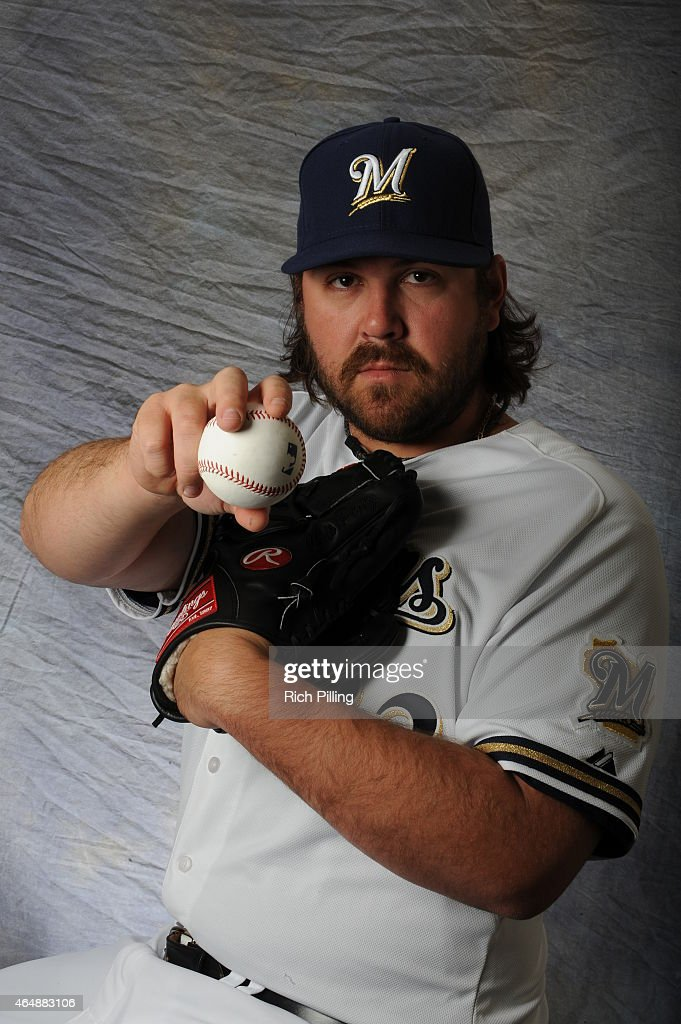 Chris Perez #32 of the Milwaukee Brewers poses for a portrait during Photo Day on February 27, 2015 at Maryville Baseball Park in Maryvale, Arizona.