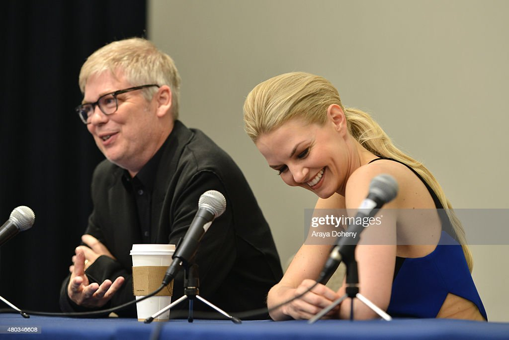 Chris Peters and Jennifer Morrison attend the Comic-Con International 2015 - 'To Dust Return' Panel at the Manchester Grand Hyatt on July 10, 2015 in San Diego, California.