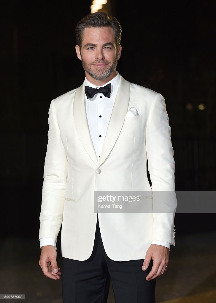 Chris Pine arrives for the GQ Men Of The Year Awards 2016 at Tate Modern on September 6, 2016 in London, England.