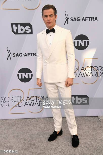 Chris Pine attends the 25th Annual Screen Actors Guild Awards at The Shrine Auditorium on January 27 2019 in Los Angeles California