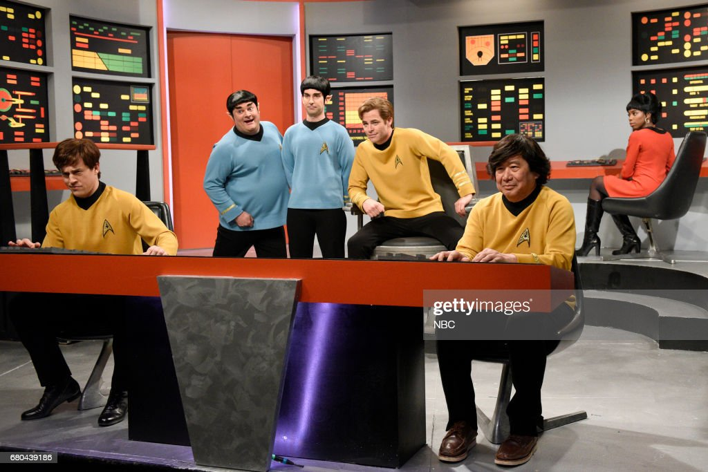 LIVE -- 'Chris Pine' Episode 1723 -- Pictured: (l-r) Alex Moffat, Bobby Moynihan as Spocko/Sal Delabate, Kyle Mooney as Spock, Chris Pine as Captain James T. Kirk and Sasheer Zamata during 'Star Trek Lost Episode' in studio 8H on May 6, 2017 --