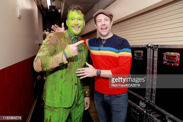 Chris Pratt and Jason Sudeikis backstage at Nickelodeon's 2019 Kids' Choice Awards at Galen Center on March 23 2019 in Los Angeles California