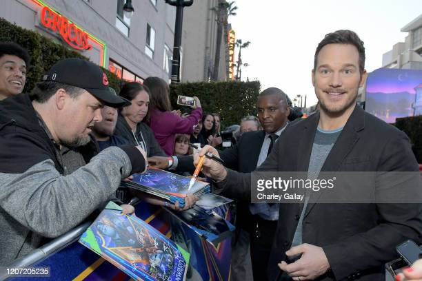Chris Pratt signs autographs at the world premiere of Disney and Pixar's ONWARD at the El Capitan Theatre on February 18 2020 in Hollywood California