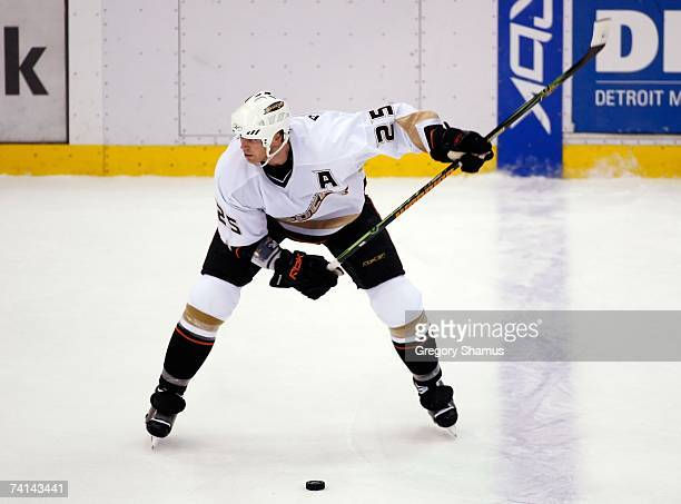 Chris Pronger of the Anaheim Ducks shoots the puck against the Detroit Red Wings during game two of the 2007 Western Conference finals on May 13 2007...