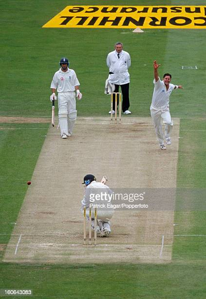 Chris Read bowled by Chris Cairns for 0 2nd Test England v New Zealand Lord's July 1999