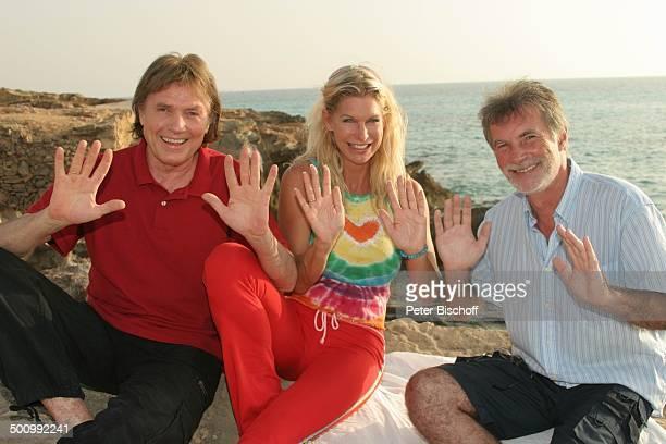 Chris Roberts, Ehefrau Claudia Roberts, Handleser/Wahrsager , Urlaub, Strand Es Trenc/Mallorca/Spanien, , Balearen, Sänger, Sängerin, Ehemann,...