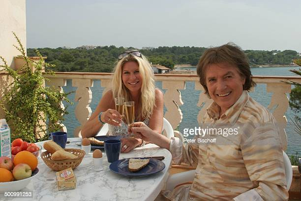 Chris Roberts, Ehefrau Claudia Roberts, Urlaub, Puerto Colom/Mallorca/Spanien, , Balearen, Meer, Mittelmeer, Appartement, Sänger, Sängerin, Ehemann,...