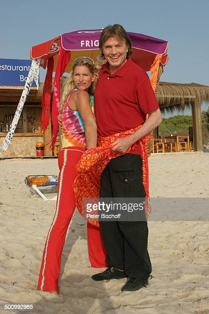 Chris Roberts, Ehefrau Claudia Roberts, Urlaub, Strand Es Trenc/Mallorca/Spanien, , Balearen, Sänger, Sängerin, Ehemann, Familie, Schlagersänger,...