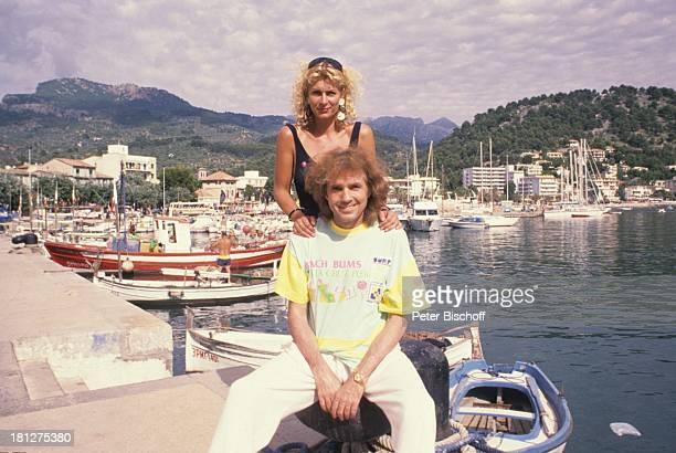 Chris Roberts Freundin Claudia sterling Urlaub Insel Mallorca Balearen Spanien Hafen Fischerboot Boot Segelboot RundfunkModeratorin SchlagerSänger...