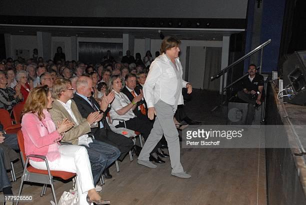 Geraldine Olivier mit Ehemann Lutz Ribatis JubiläumsKonzert 25 Jahre J U D I T H M E L WeserEms Halle Oldenburg Niedersachsen Deutschland Europa...