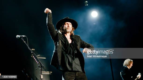 Chris Robinson of The Black Crowes performs at The Forum on August 19, 2021 in Inglewood, California.