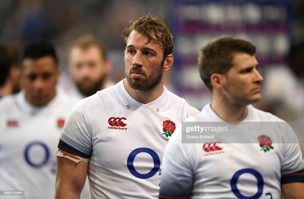 Chris Robshaw of England looks dejected after the NatWest Six Nations match between France and England at Stade de France on March 10, 2018 in Paris, France.