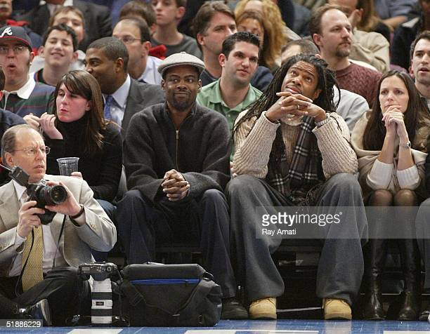Chris Rock attends a game between the New York Knicks and Dallas Mavericks at Madison Square Garden on December 21 2004 in New York City NOTE TO USER...