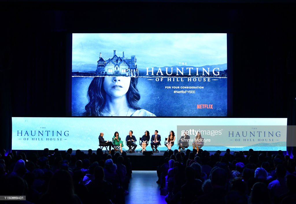 """Netflix FYSEE Event for """"Haunting of Hill House"""" : News Photo"""