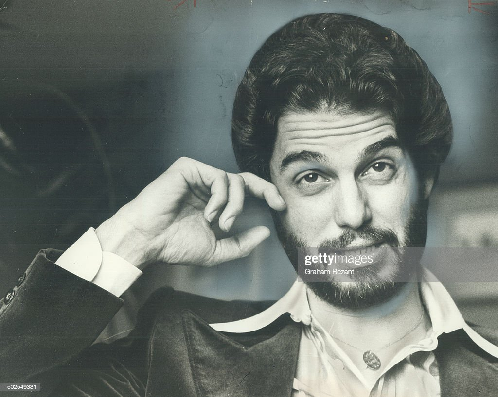 Chris Sarandon; who played the homosexual wife of Al Pacino in the movie Dog Day Afternoon is starti : News Photo