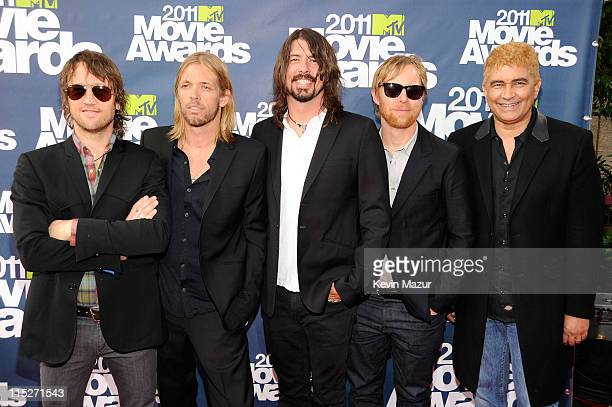Chris Shiflett, Taylor Hawkins, Dave Grohl, Nate Mendel and Pat Smear of the Foo Fighters arrive at the 2011 MTV Movie Awards at Universal Studios'...