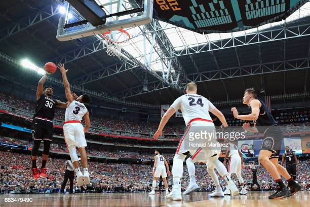 Chris Silva of the South Carolina Gamecocks shoots against Johnathan Williams of the Gonzaga Bulldogs in the first half during the 2017 NCAA Men's...