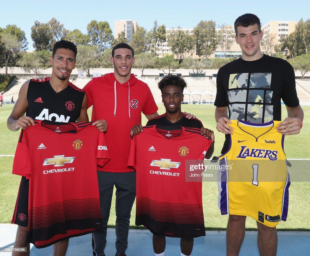 Manchester United Pre-Season Training and Press Conference : Fotografía de noticias