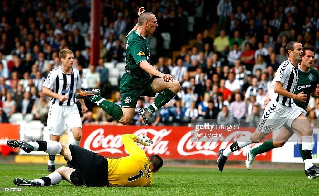 Chris Smith of St Mirren failss to stop Scott Brown of Celtic scoring during the Scottish Premier League match between Celtic and St Mirren at Love Street on September 2, 2007 in Paisley, Scotland.