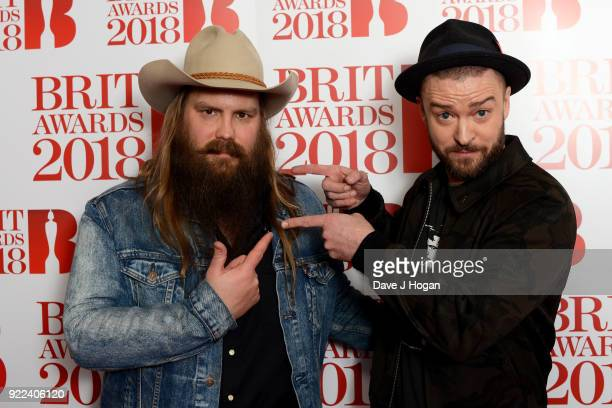 AWARDS 2018 *** Chris Stapleton and Justin Timberlake backstage at The BRIT Awards 2018 held at The O2 Arena on February 21 2018 in London England