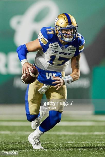 Chris Streveler of the Winnipeg Blue Bombers runs with the ball in the game between the Winnipeg Blue Bombers and Saskatchewan Roughriders at Mosaic...