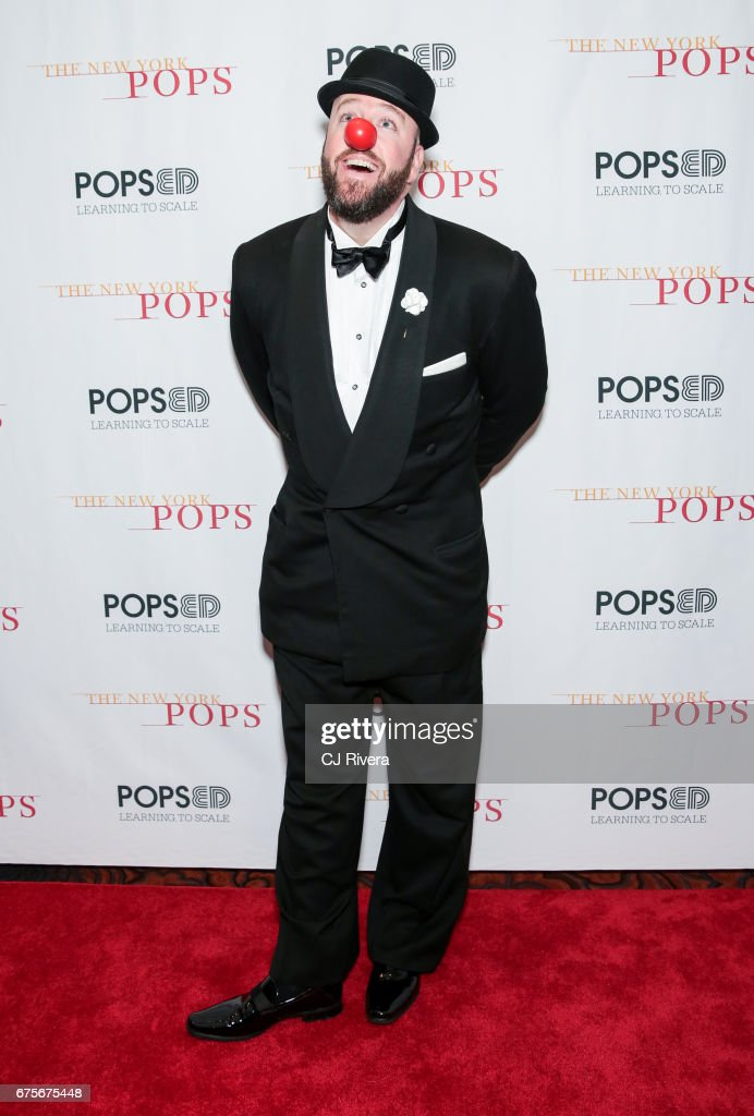 Chris Sullivan attends the 2017 New York Pops Gala dinner at Mandarin Oriental Hotel on May 1, 2017 in New York City.