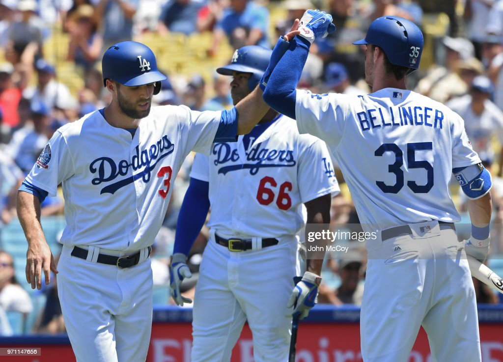 Atlanta Braves v Los Angeles Dodgers : News Photo
