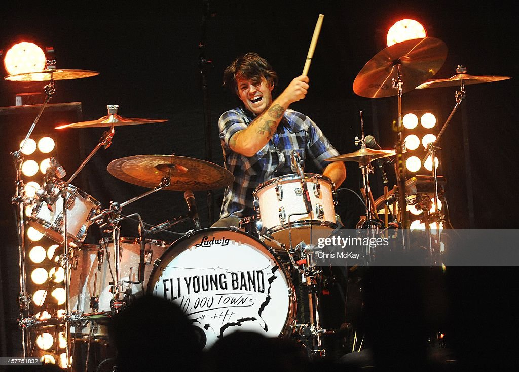 Chris Thompson of The Eli Young Band performs at Arena at Gwinnett Center on October 23, 2014 in Duluth, Georgia.