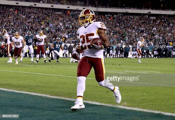 Chris Thompson of the Washington Redskins carries the ball in for a touchdown in the second quarter against the Philadelphia Eagles on October 23...
