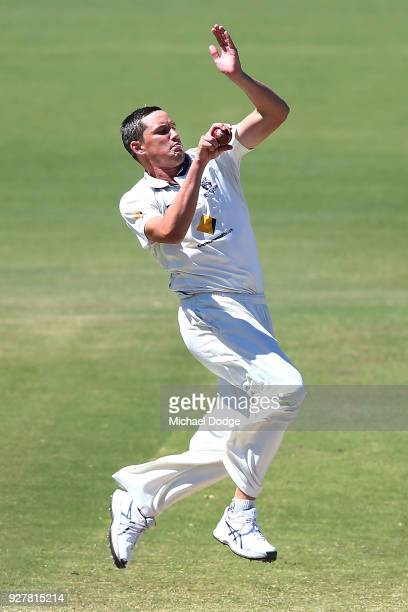 Chris Tremain of Victoria bowls during day five of the Sheffield Shield match between Victoria and New South Wales at Junction Oval on March 6 2018...