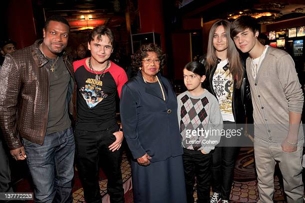 COVERAGE*** Chris Tucker Prince Michael Jackson Katherine Jackson Blanket Jackson Paris Jackson and Justin Bieber attend the immortalization of...