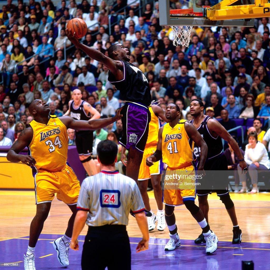 Blazers Vs Lakers: Chris Webber Of The Sacramento Kings Dunks Against The Los