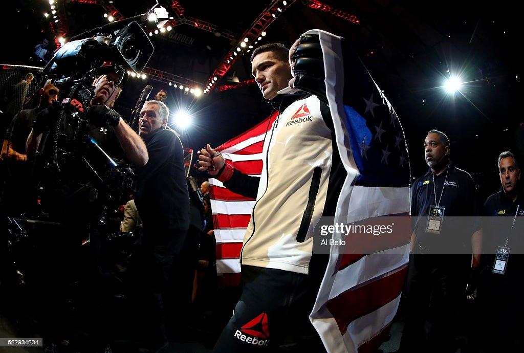 UFC 205: Weidman v Romero : News Photo