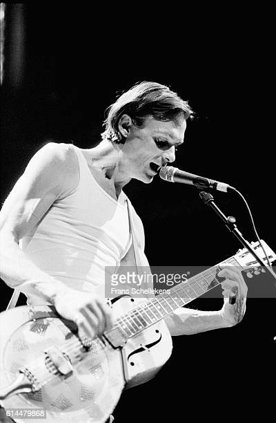 Chris Whitley, vocals and guitar, performs at the Paradiso on May 15th 1998 in Amsterdam, Netherlands