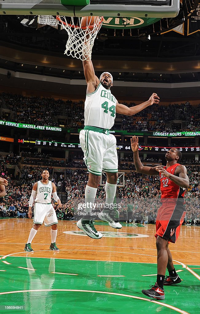 Chris Wilcox #44 of the Boston Celtics dunks the ball against the Toronto Raptors on November 17, 2012 at the TD Garden in Boston, Massachusetts.