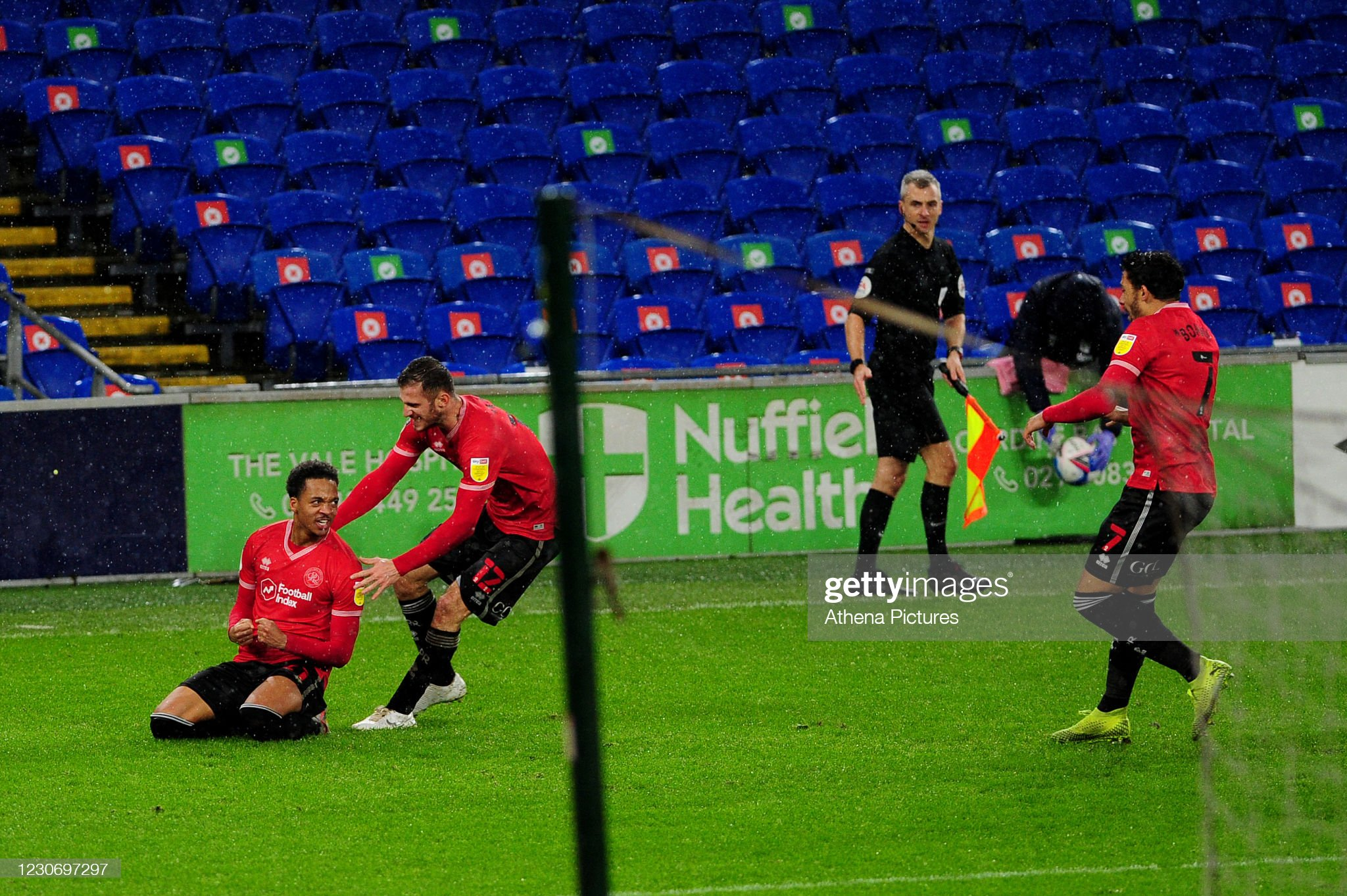 Willock's goal gives QPR victory at Cardiff