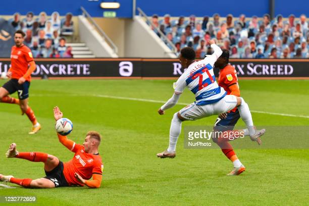 Chris Willock of QPR shoots at goal during the Sky Bet Championship match between Queens Park Rangers and Luton Town at Loftus Road Stadium, London...