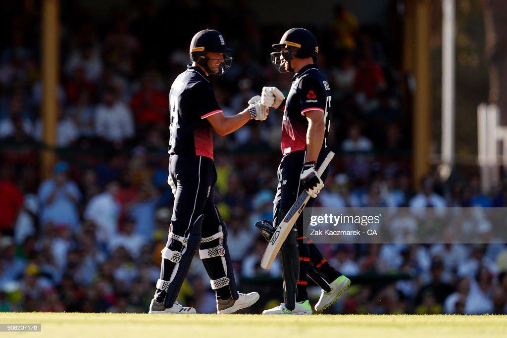 Australia v England - Game 3 : News Photo