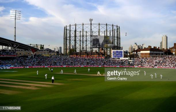 Chris Woakes of England faces Peter Siddle of Australia during day three of the 5th Specsavers Ashes Test between England and Australia at The Kia...