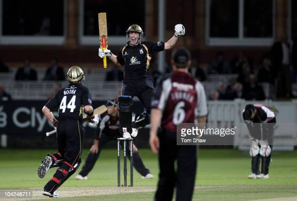 Chris Woakes of Warwickshire celebrates hitting the winning runs during the Clydesdale Bank 40 Final match between Somerset and Warwickshire at...