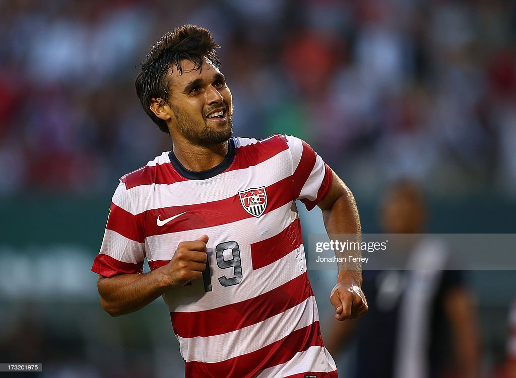 Belize v United States - 2013 CONCACAF Gold Cup : News Photo