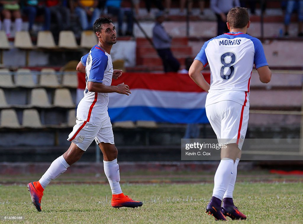 Chris Wondolowski #18 of the United States reacts after scoring the first goal against Cuba at Estadio Pedro Marrero on October 7, 2016 in Havana, Cuba.