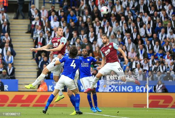 Chris Wood of Burnley scores his team's first goal during the Premier League match between Leicester City and Burnley FC at The King Power Stadium on...