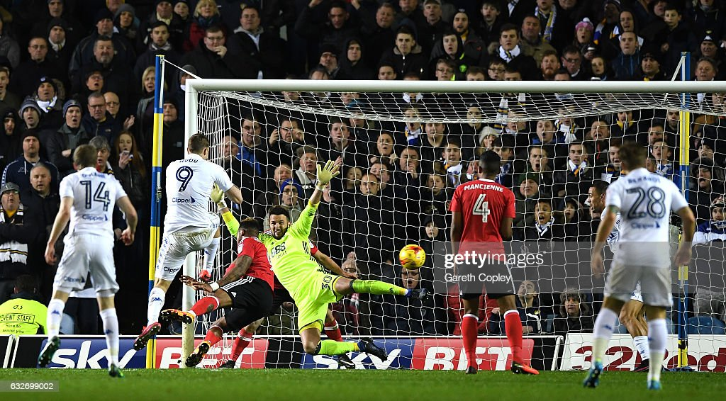 Chris Wood of Leeds United scores his sides first goal during the Sky Bet Championship match between Leeds United and Nottingham Forest at Elland Road on January 25, 2017 in Leeds, England.